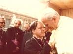 Dom Manoel com Papa Joao Paulo II
