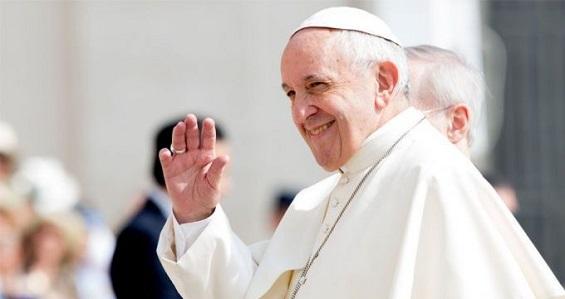 Papa na catequese: a vida não é tempo para possuir, mas para amar