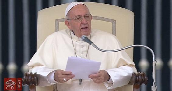 O amor de Deus é fiel e não abandona nunca, destaca Papa
