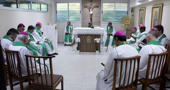 Bispos realizam última reunião do Conser do ano e avaliam com pastorais, caminhada do regional em 2018