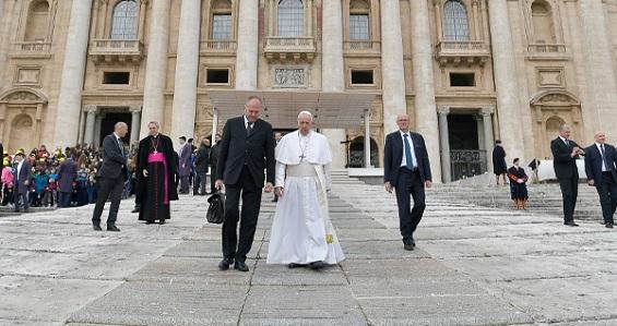 """Catequese do Papa: """"Deus quer a fraternidade entre nós e os muçulmanos"""""""
