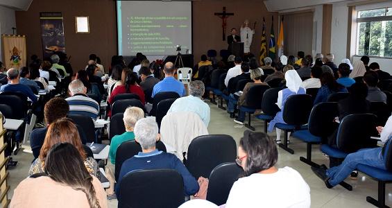 No fim de semana o Congresso Teológico foi voltado para Leigos(as) e Religiosos(as)