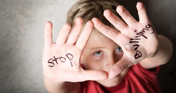 Papa sobre bullying: jovens, encontrem própria identidade sem diminuir