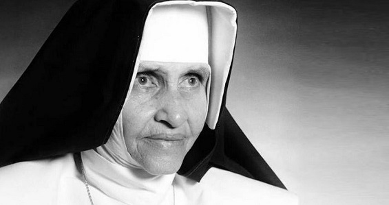 Santa Dulce dos Pobres recebe título Doutor Honoris Causa