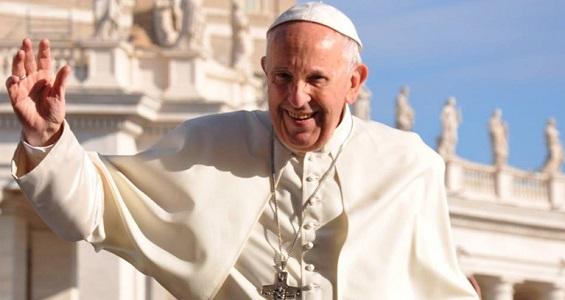 Papa pede que casais sejam igreja doméstica, onde cresça a fé