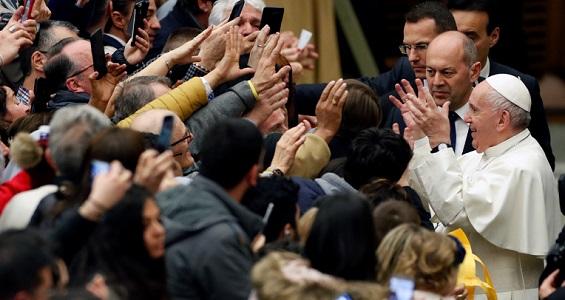 Catequese do Papa: a hospitalidade é uma virtude ecumênica que exige disposição para ouvir os outros