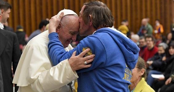 Catequese do Papa: não há terra mais bela a conquistar do que o coração dos outros