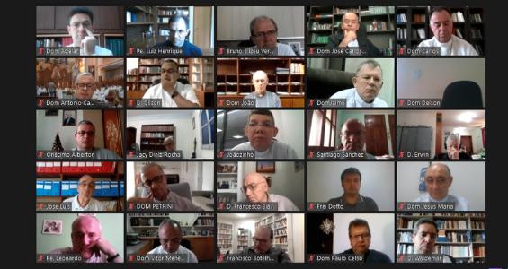 1º Dia da 58ª AG da CNBB: Abertura, Santa Missa, Pilar da Palavra, Núncio apostólico, análise de conjuntura e Mensagem ao papa