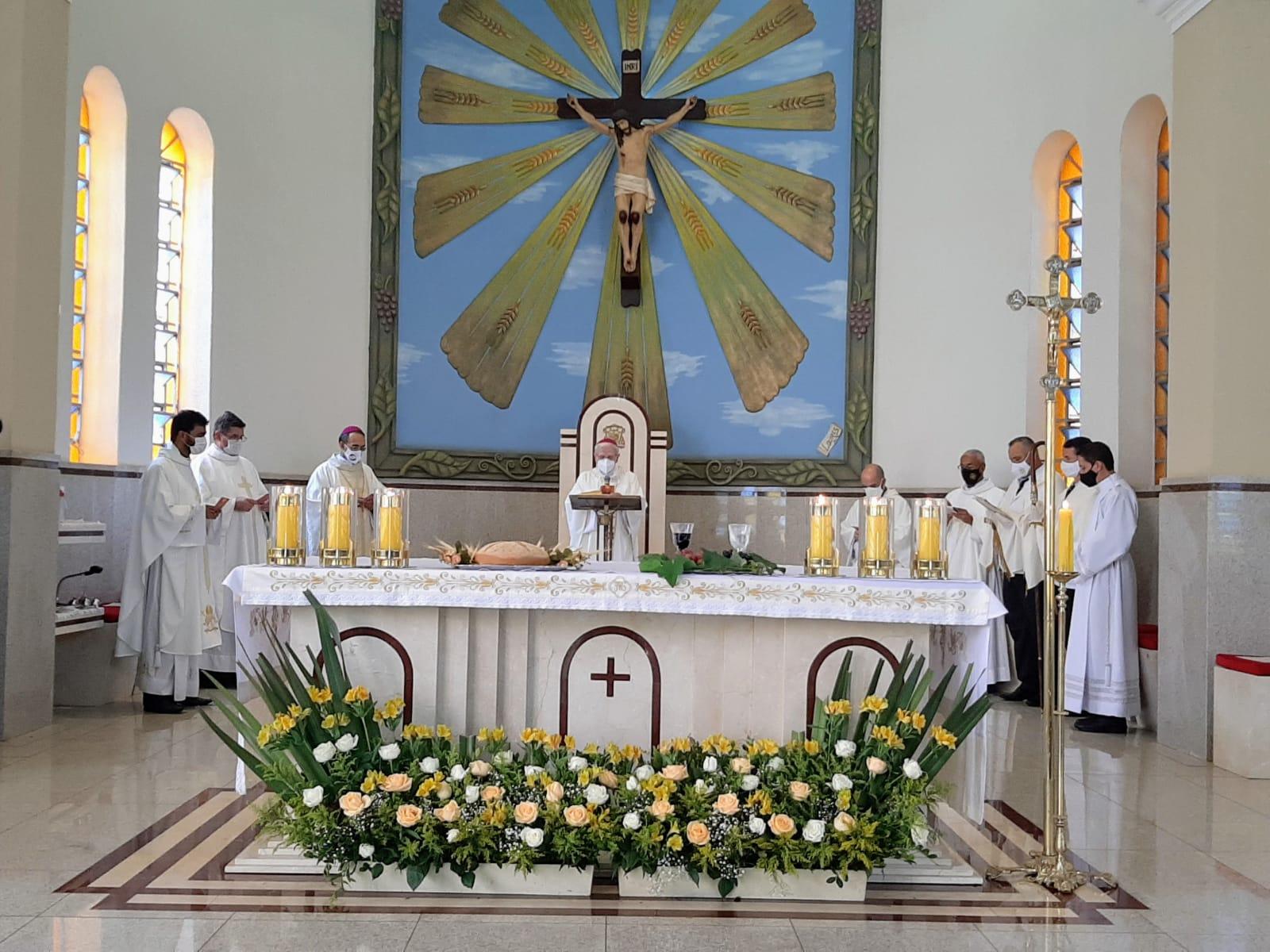 Dom João Wilk preside missa de abertura da fase diocesana do Sínodo dos Bispos